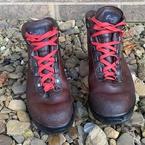 Vintage Vasque Gore-Tex Brown Leather Hiking Boots